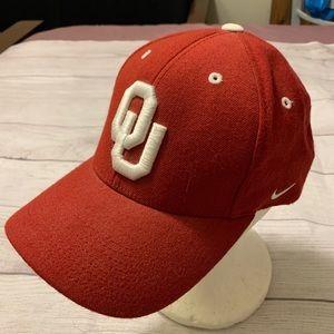 Nike Team Oklahoma Sooners Red Wool Baseball Hat